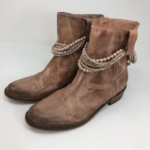 Anthropologie Soft Leather Distressed Booties 39 9